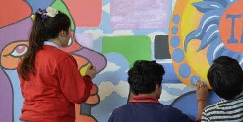 Estudiantes muralistas. Colegio San Mateo, Osorno, Chile